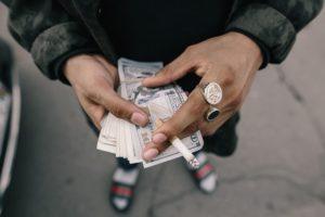 cash-1867435_640