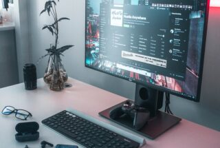 What it's Like to Upgrade Your PC Monitor at Costco